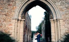 {Wedding} Rafaela & Pedro I Mariage à l'Abbaye des Vaux de Cernay (78)